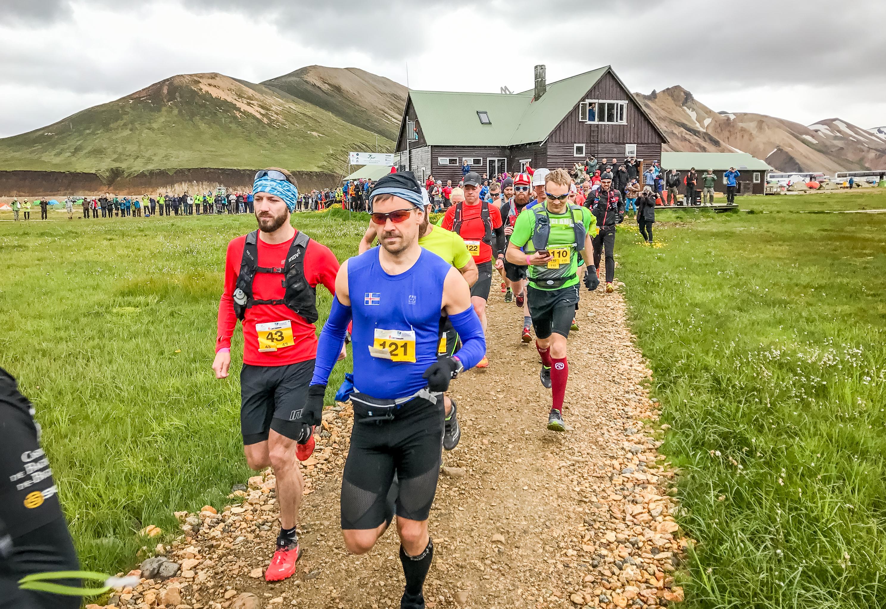 Runners starting the race in Landmannalaugar